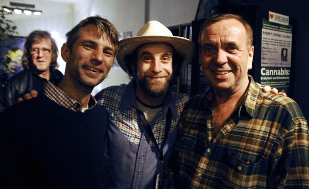 Michel Degens, Doug Fine and Ben Dronkers at the Cannabis College, Amsterdam (© Gonzo media)