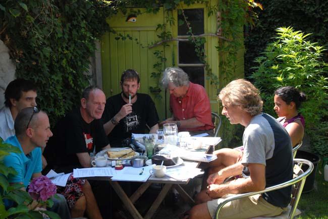 De VOC vergadert in Eindhoven, augustus 2009 (foto © Gonzo media)